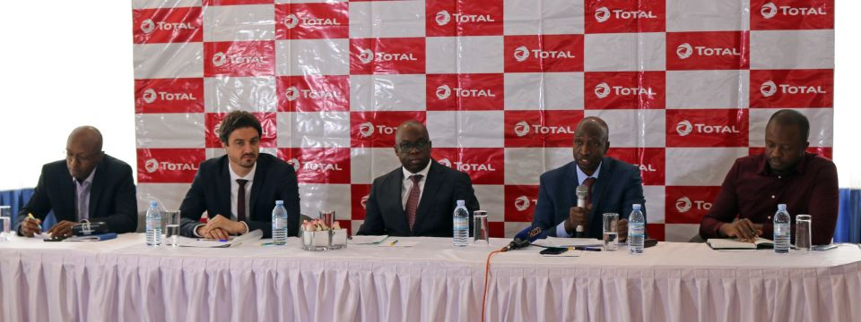 (L-R) Q-Sourcing CEO, Mr Patrick Mbonye; GIZ SOGA Project Manager, Mr Christopher Smith; Total E&P Uganda General Manager, Mr Adewale Fayemi (M); Petroleum Authority of Uganda Executive Director, Mr Ernest Rubondo and E360 Business Development Director, Franklin Bouguep at the press conference.